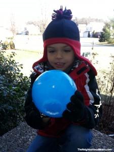 Ice Balloon Balls