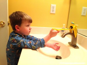 Aqueduck Handle Extender and Faucet Extender