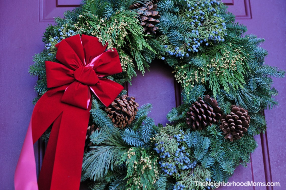 live christmas wreath giveaway