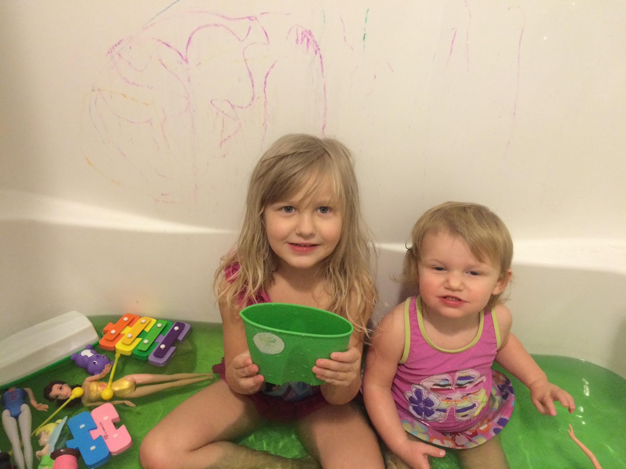 Lucky Baby Baby Bath Tub