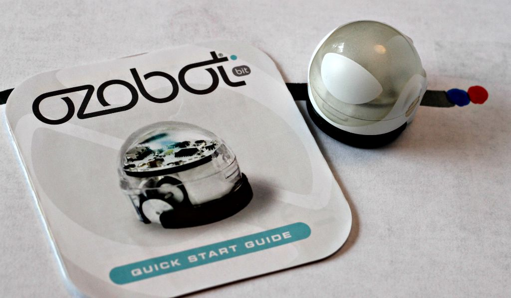 This is a picture of Ozobot Printable with victory dance